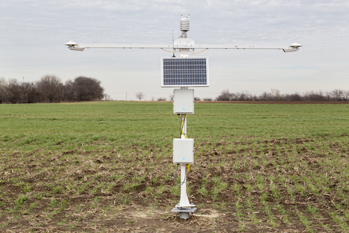 SP-12 solar weather station for utility-scale solar measurement