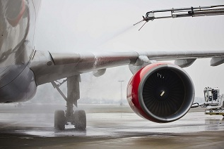 Aircraft Deicing Innovation for Safety and Efficiency with Vaisala's CheckTime